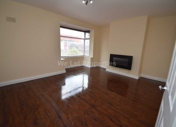 Thumbnail 3 bed flat to rent in The Avenue, Salford