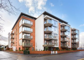 Marsham House, Station Road, Gerrards Cross SL9. 2 bed flat for sale