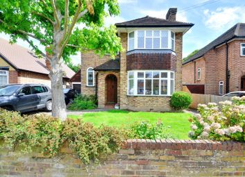 Thumbnail 3 bed detached house to rent in Hamilton Road, Uxbridge, Middlesex