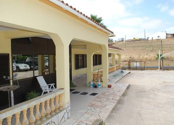 Thumbnail 3 bed villa for sale in Portugal, Algarve, Silves