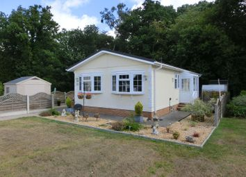 Thumbnail 2 bed mobile/park home for sale in Juggins Lane, Earlswood, Solihull