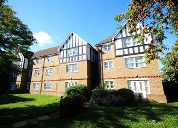 1 bed flat for sale in Priory House Court, Catford, Greater London SE6