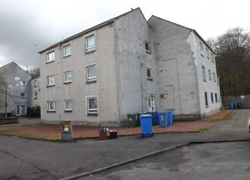 2 bed flat to rent in Ladeside, Newmilns, Ayrshire KA16