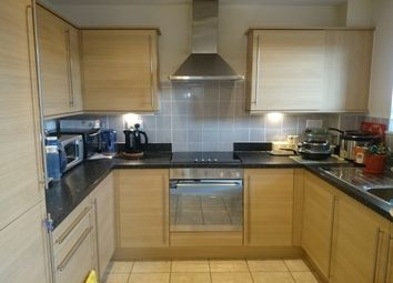 Thumbnail 2 bedroom flat to rent in Robinson Street, Bletchley