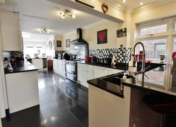 5 bed detached house for sale in Villa Road, Benfleet SS7