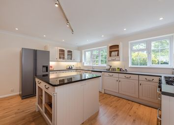 Thumbnail 6 bed detached house to rent in Ellwood Rise, Chalfont St. Giles