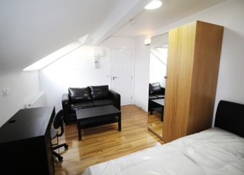 Thumbnail Property to rent in Regent Park Terrace, Hyde Park, Leeds