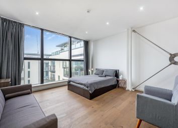 Thumbnail 2 bedroom flat for sale in Houghton Square, London