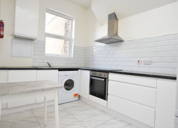 Thumbnail 1 bed flat to rent in High Street Wanstead, London