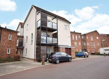 Thumbnail 2 bed flat for sale in Hampden Crescent, Bracknell, Berkshire