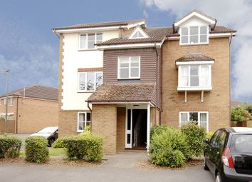 2 Bedrooms Flat for sale in Sullivans Reach, Walton-On-Thames KT12
