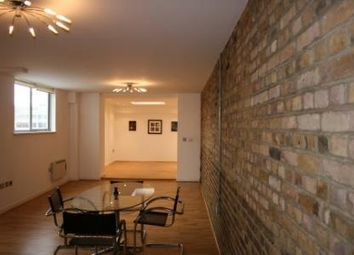 Thumbnail 4 bed flat to rent in Barck Church Lane, Liverpool Street