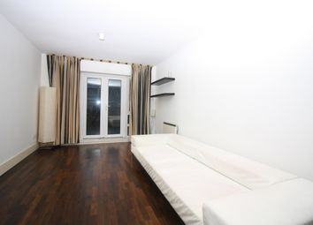Thumbnail 1 bed flat to rent in St. Davids Square, Canary Wharf, London