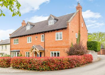 Thumbnail 5 bed detached house for sale in Palmers Leys, Kineton, Warwick, Warwickshire