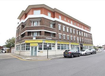 Thumbnail Leisure/hospitality to let in Burleigh Parade, Southgate