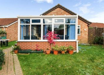 3 bed detached bungalow for sale in Akeshill Close, New Milton, Hampshire BH25