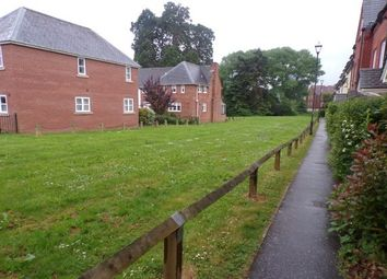 3 bed property to rent in Fleming Way, Exeter EX2