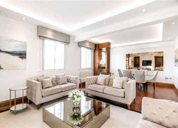 Thumbnail 3 bed flat for sale in Chiltern Court, Baker Street