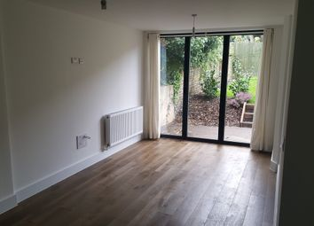 Thumbnail 3 bed flat to rent in Springdale Road, Hackney
