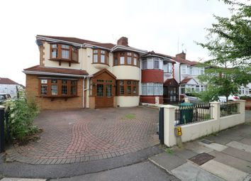 Thumbnail 5 bed property for sale in Brinkworth Road, Ilford