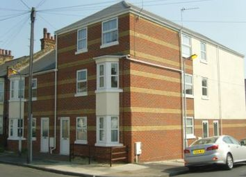 Thumbnail 2 bed triplex to rent in Havelock Road, Gravesend