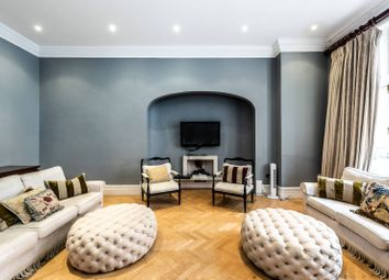 3 bed maisonette to rent in Draycott Place, Sloane Square, London SW3