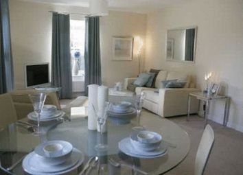 Thumbnail 2 bed flat for sale in Applefield, Amersham