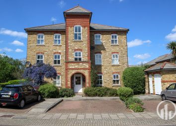 Thumbnail 2 bed flat to rent in Stainton Road, Hither Green, London