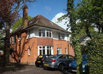 2 bed flat to rent in Wimborne Road, Bournemouth BH3