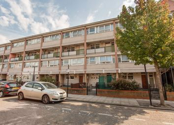 Broomfield Street, London E14. 3 bed maisonette