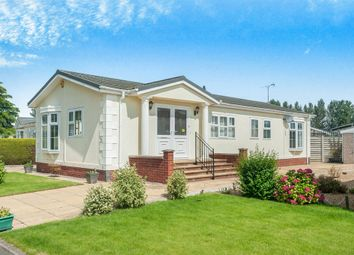 Thumbnail 2 bed mobile/park home for sale in Harbury Lane, Heathcote, Warwick