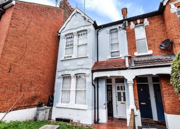 Thumbnail Flat for sale in Thorpebank Road, London
