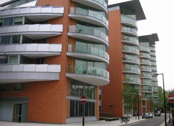 Thumbnail 3 bedroom flat for sale in Hermitage Street, London