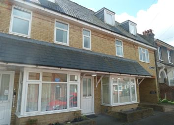 Thumbnail 2 bed flat to rent in Curzon Road, Dover