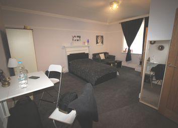 Thumbnail Studio to rent in 21 St Annes Road, Eastbourne