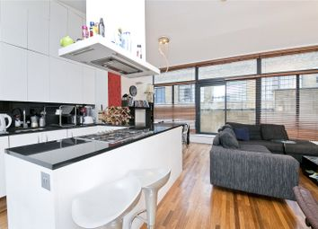 Thumbnail 3 bedroom flat to rent in Long Lane, London Bridge, London