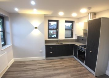 Thumbnail 2 bed flat to rent in Wellbeck Road, London, East Barnet