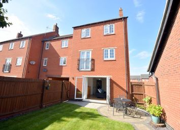 Thumbnail 3 bed town house for sale in Empingham Drive, Syston, Leicester