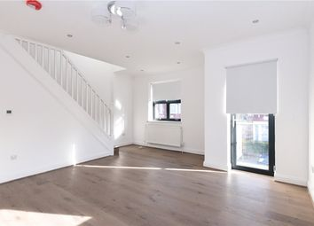 Thumbnail 3 bed flat for sale in Willoughby Road, Harringay, London