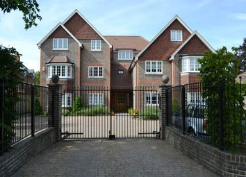 Thumbnail 2 bed flat to rent in Butterfield House, Newbury, Berkshire
