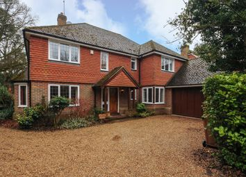 5 bed detached to let in The Avenue