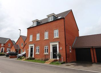 Thumbnail 4 bed semi-detached house for sale in Fieldfare Close, Keynsham, Bristol