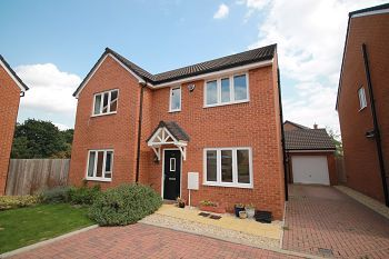 Thumbnail 5 bed detached house to rent in Damask Way, Warminster, Wiltshire