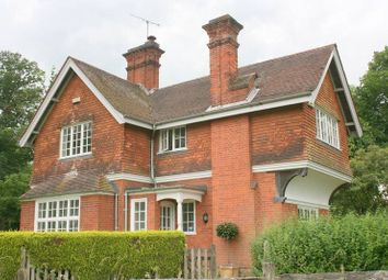 Thumbnail 3 bed detached house to rent in Holmwood Place, Four Elms