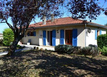 Thumbnail 4 bed detached house for sale in St Romain, Saint-Romain, Aubeterre-Sur-Dronne, Angoulême, Charente, Poitou-Charentes, France