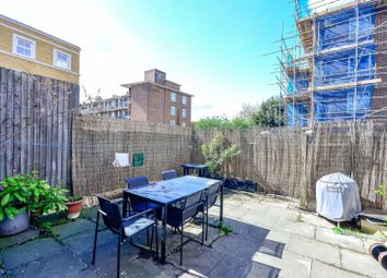 Thumbnail 4 bed flat for sale in Yaldham House, Southwark