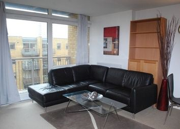 Thumbnail 1 bedroom flat to rent in Canary Central, Constable House, Canary Wharf