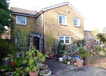 Thumbnail 5 bed detached house for sale in Leatherhead Road, Chessington
