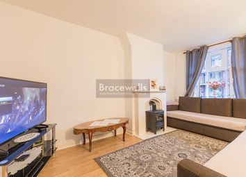 Thumbnail 1 bed flat to rent in Newland House, Hornsey