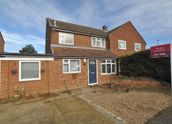 Thumbnail 4 bed property for sale in Swinburne Avenue, Hitchin